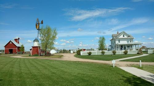 Gallery Image view_of_farm._May.jpg