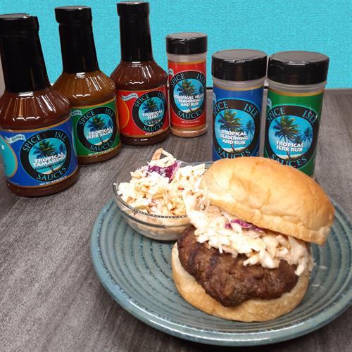 Jerk Hamburger with Sweet Tamarind Slaw