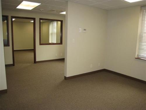 The Keystone offers commercial office space at reduced rates for new businesses.
