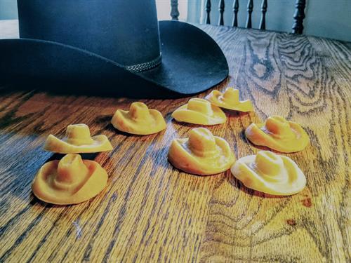 Gallery Image cowboy_hats.jpg