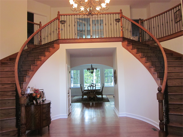 Gallery Image rv_staircase_3.png