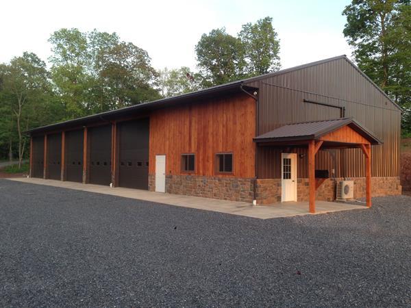 Equipment storage building