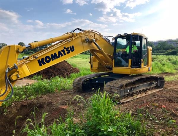 Gallery Image Excavator_Picture.JPG