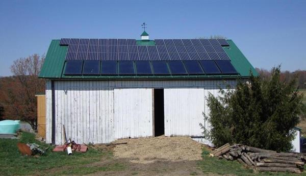 Roof Mounted Solar-Barn