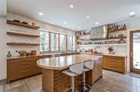 Gallery Image kitchen-p522273.jpg