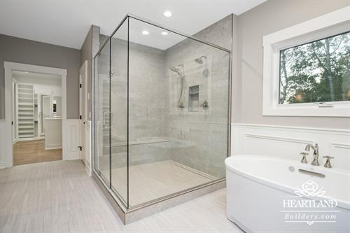 Gallery Image Master_Bath_Shower_(Medium).jpg