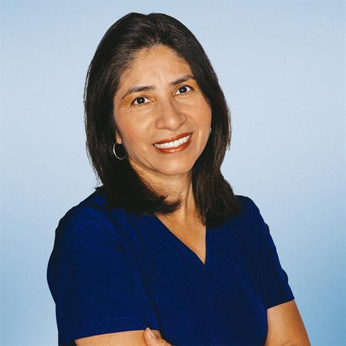 Dr. Giannella Gomez