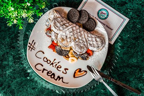 Cookies and Cream WonderWaffel