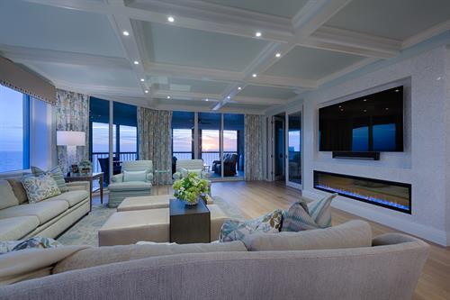 Pelican Bay - Bay Collony - Remodel - Living Room