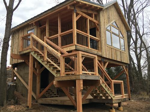 Stepp Tree House - Elk Point, SD