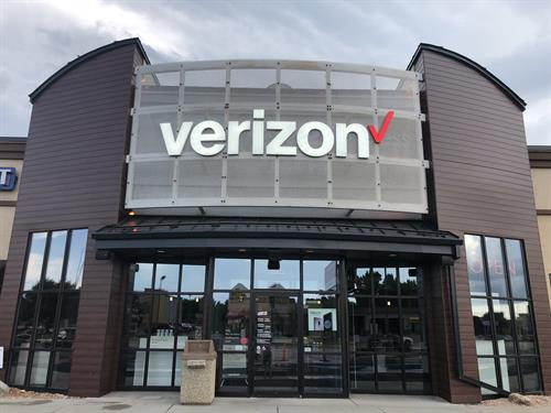 CellOnly is your Verizon Authorized Retailer located on 41st Street in Sioux Falls next to EyeMart.