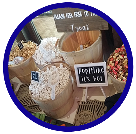 Country chic wedding popcorn buffet idea