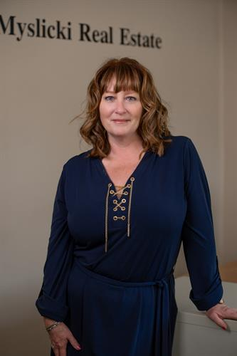 Debi Farraher Myslicki, Designated Managing Broker/Owner