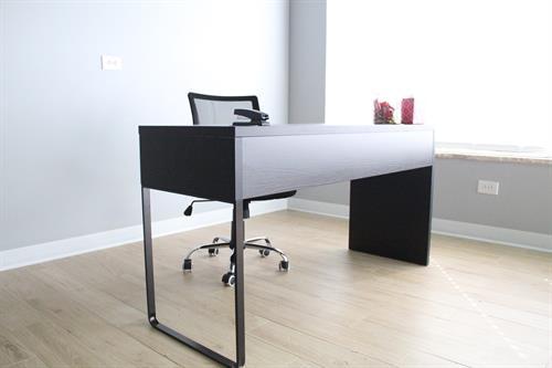 A nice desk photo