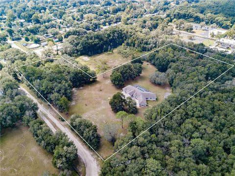 Gallery Image land_aerial_view.jpg