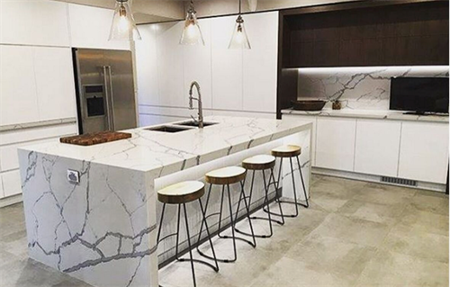 Gallery Image Grey-and-White-Quartz-countertops.png