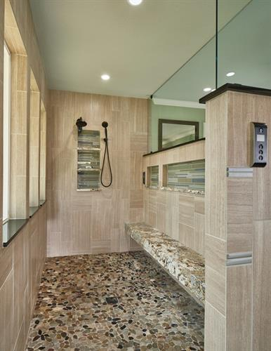 Kennedale master bath shower