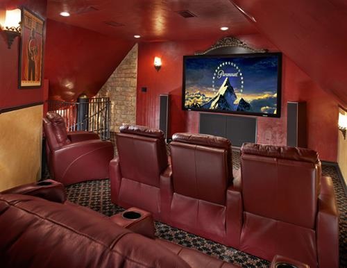 Plano home theater