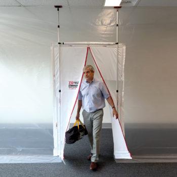 Gallery Image zipwall-magnetic-dust-barrier-door-mdk-in-use-2-commercial-residential-350x350.jpg