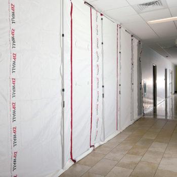 Gallery Image zipwall-zipfast-reusable-barrier-panels-zf-in-use-commercial-350x350.jpg