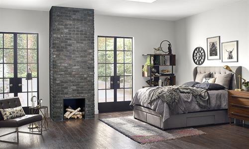 Gallery Image TundraBrick-Ironside-Bedroom-1500x900.jpg