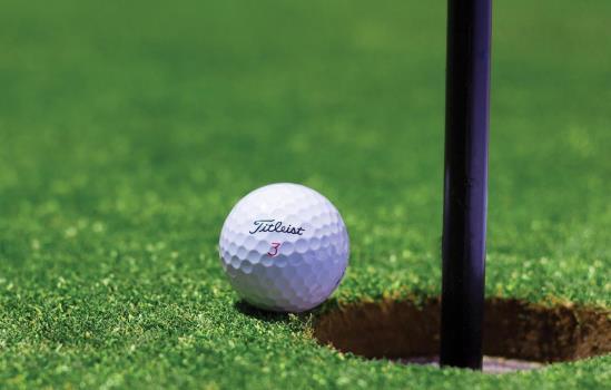 Golf Course & Clubs