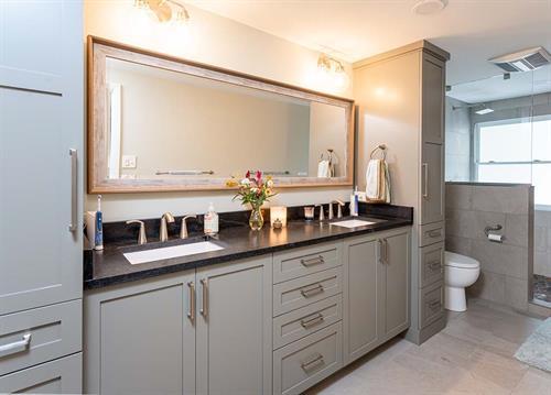 Sophisticated Country Bathroom Vanity