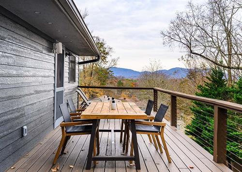 Modern Farmhouse Deck Refinish
