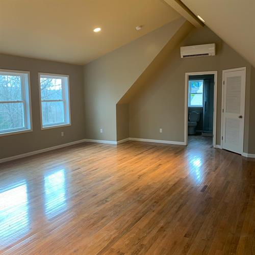 GARAGE WITH UPSTAIRS APARTMENT