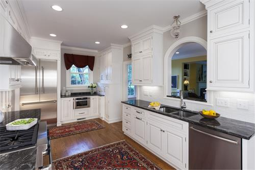 Contractor of the Year Award Winning Kitchen - 2013.