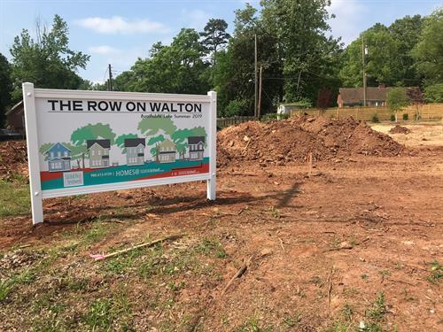 New home construction sign.