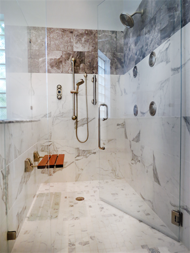 Gallery Image Walk-in-shower-with-bench_copy.png