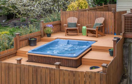 Hot Tubs/Spas