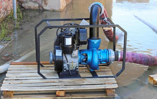 Pump/Well Sales/Service & Water Filtration/Treatment
