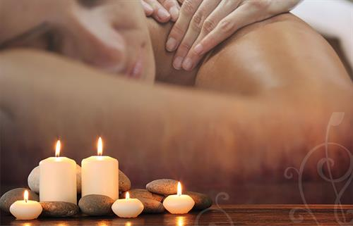 Gallery Image Candles_melded_Massage.jpg