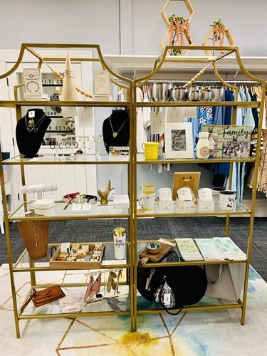 Misbehavin-Clothing-Co-boutique-interior-gifts