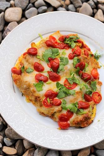 Coconut Chicken Naanzza, Curry Pizza