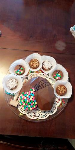 Brakable heart with surprise treats inside and gourmet oreos covered in chocolate