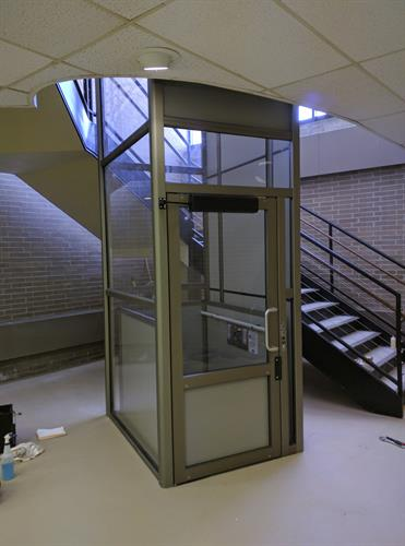 Vertical Platform Lift - Enclosure