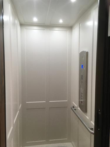 Residential Elevator - Luxury Cab