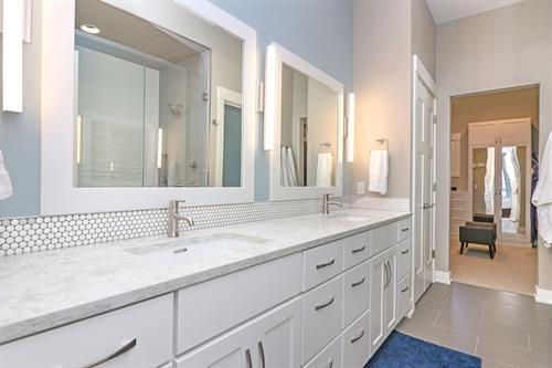 Gallery Image Master_Bathroom3.jpg