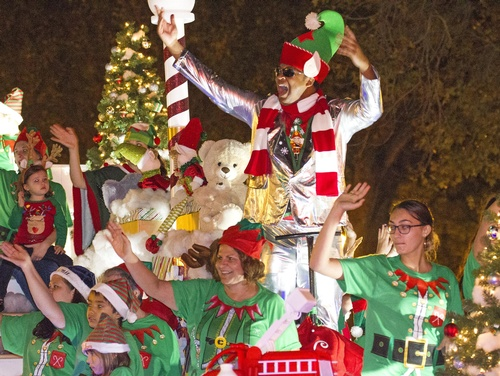 Christmas Parades Near Me 2019.Annual Lakeland Christmas Parade Dec 5 2019
