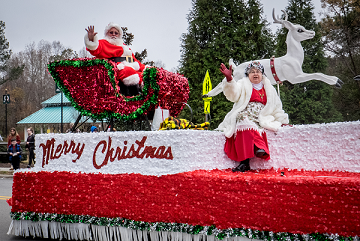Christmas Parades Near Me 2019.Christmas Parade 2019 Dec 8 2019 Chamber Events