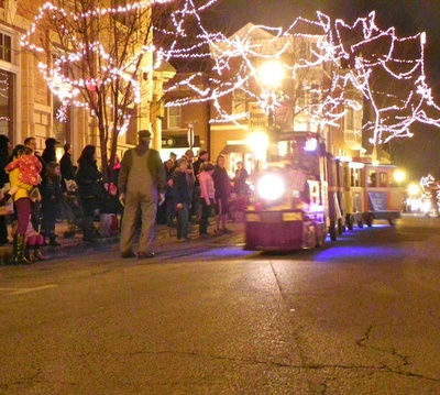 54th Annual Hinsdale Christmas Walk Presented By Amita