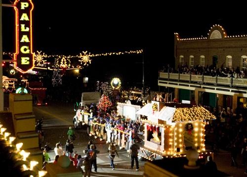 Grapevine Christmas Parade Texas 2020 41st Annual Grapevine Parade of Lights   Dec 3, 2020   Grapevine
