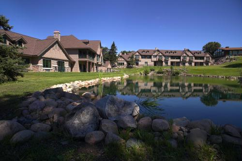 Golf Villas on Pine Beach East