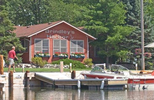 Brindley's lodge