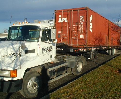Gallery Image truck_container.jpg