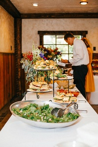 Gallery Image wedding-buffet-9.jpg