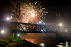 Gallery Image fireworks.jpeg